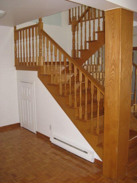 Rénovation cage d'escalier avant après