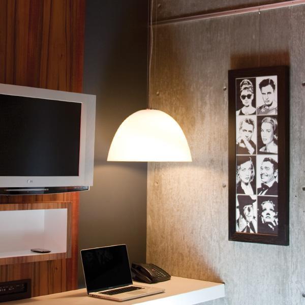 Crédit photo: AS Hanging - cimaises pour tableaux